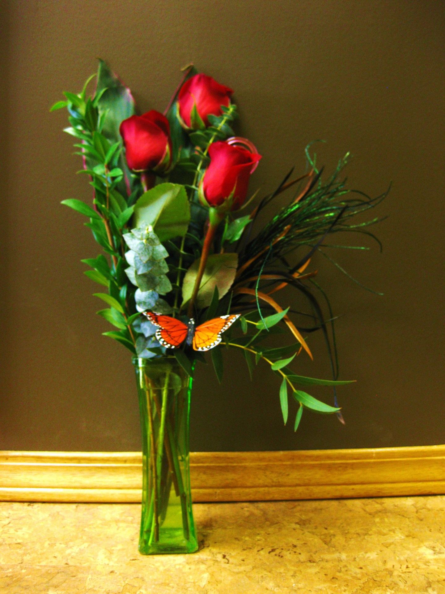 roses, happy, cheerful flowers, bouquet, entertainers, vase, lumsden, regina, craven, regina beach, buena vista
