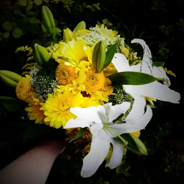 lilies, mums, bouquet, wedding
